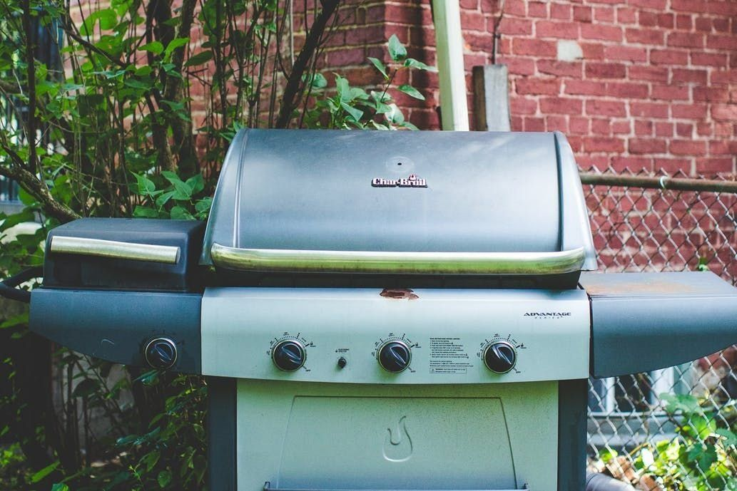 Completely clean your grill in only 5 steps wrapped in