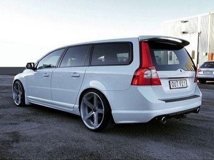 Volvo V70n Stance