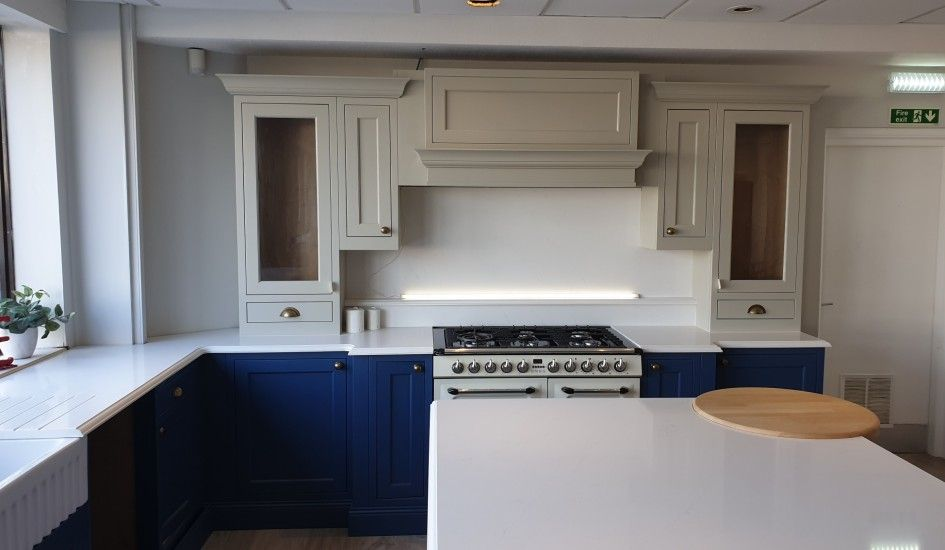 Ex Display Bespoke Solid Ash Hand Crafted Shaker Style Kitchen
