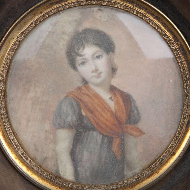 French School circa 1800. Portrait of Young Lady, miniature #BuyArtOnline => en.expertissim.com