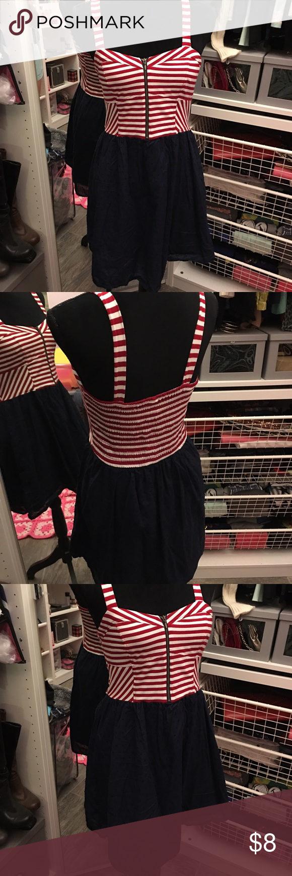 Target dress👗 Candy cane striped dress! Worn about three times. Fits nice👗 Target Dresses Midi