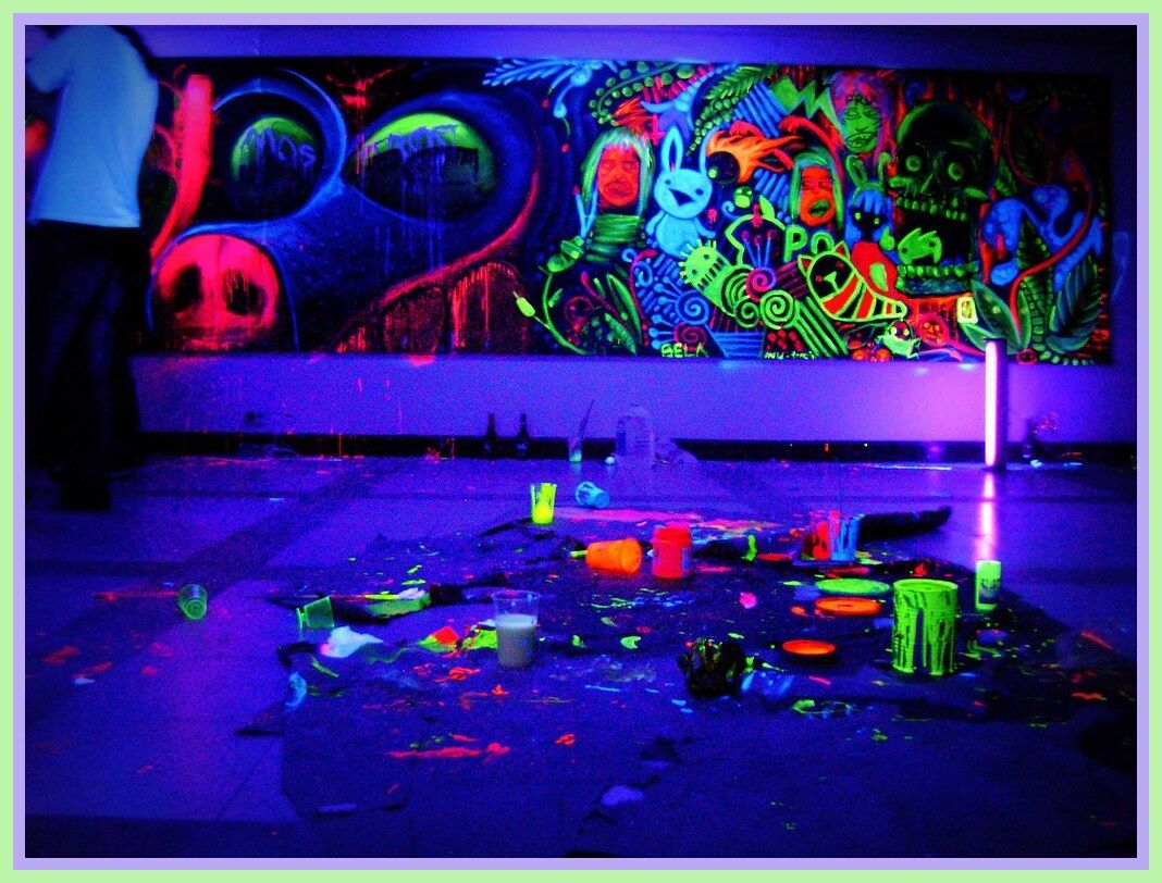 122 Reference Of Black Light Party Room Black Light Room Black Lights Bedroom Bedroom Themes