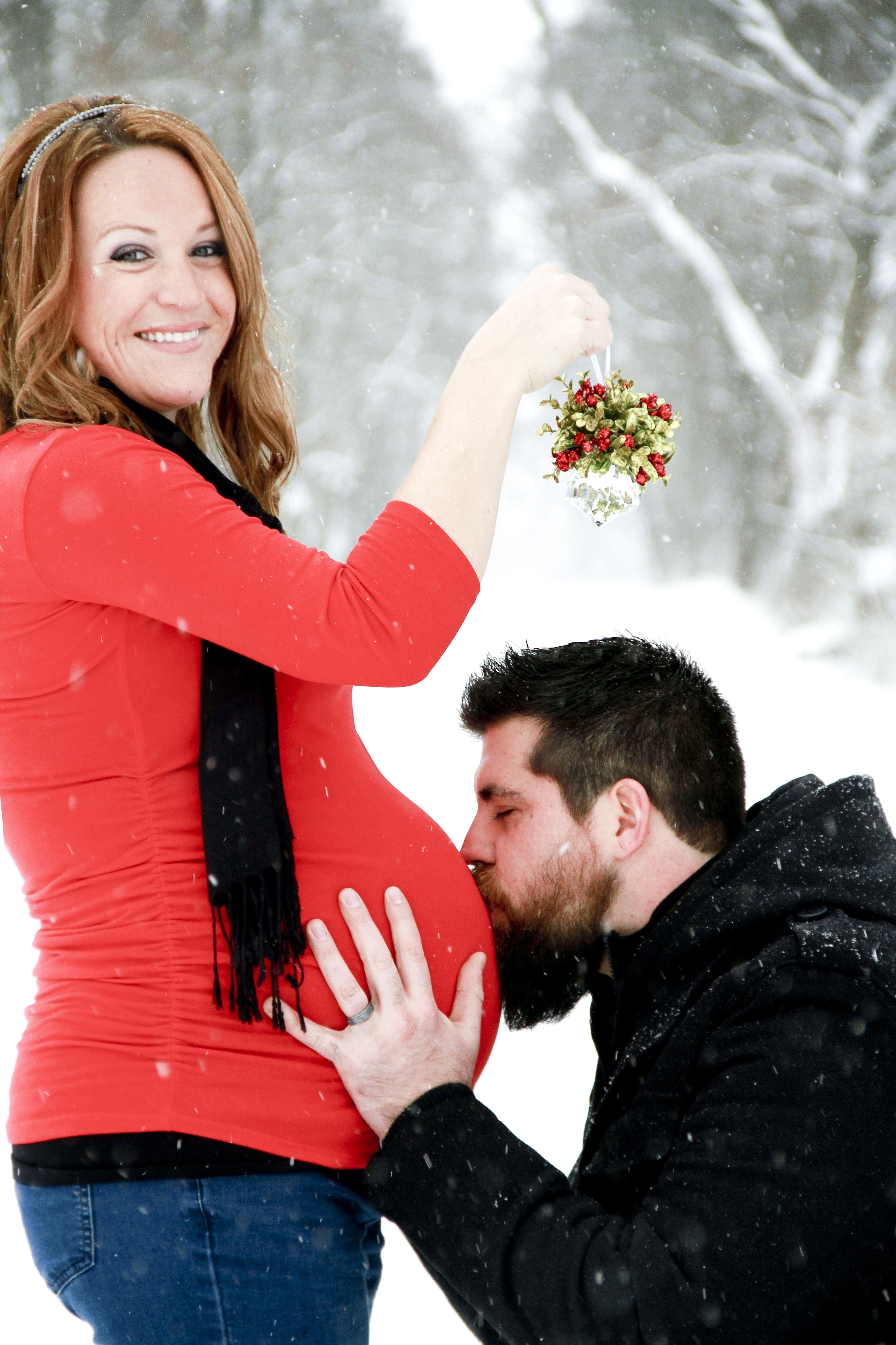 Maternity Photo Shoot Outside Winter Snow Falling Ashley Klemm Photography So Cute If