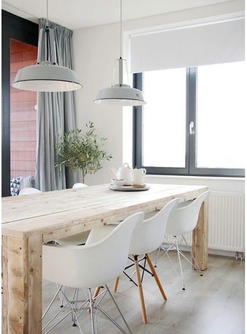 tavolino da cucina realizzato in legno di abete un semplice tavolo dalla forma rettangolare
