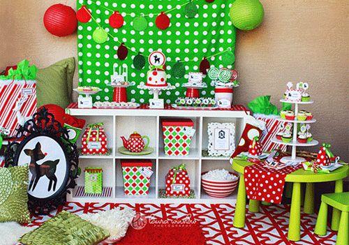 Red and green Christmas dessert bar #Christmas #festive #dessert
