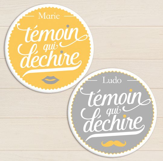 badge cadeaux temoin qui dechire mariage r tro jaune gris pois my lovely badge pinterest. Black Bedroom Furniture Sets. Home Design Ideas