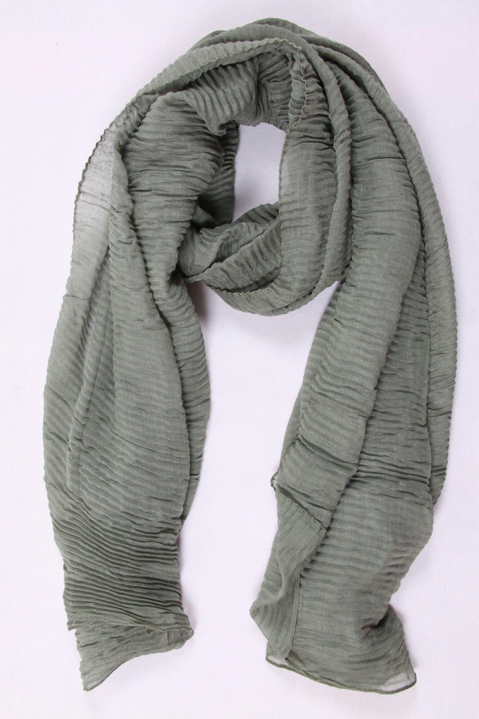 6a5a20f25e7f Foulard gaufré gris en coton et viscose   Foulard Femme   Pinterest ...