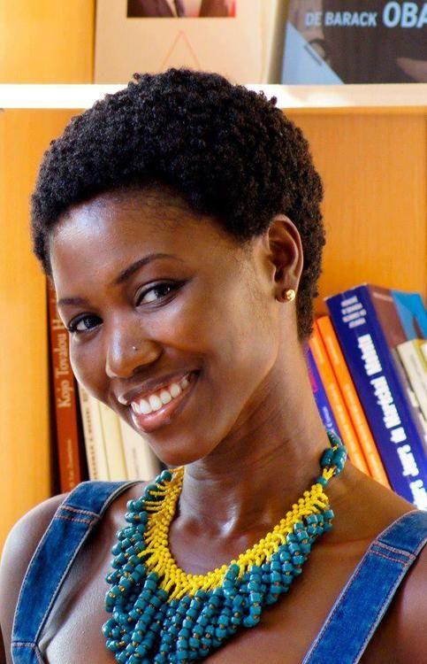 monafriqueestbel: Black beauty 18° 15' N, 77° 30' W