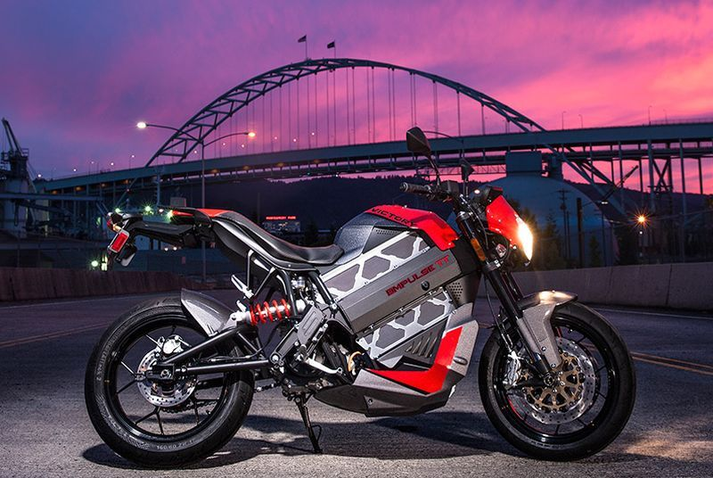 Victory's $19,999 Empulse TT electric motorcycle can go 140 miles on a charge