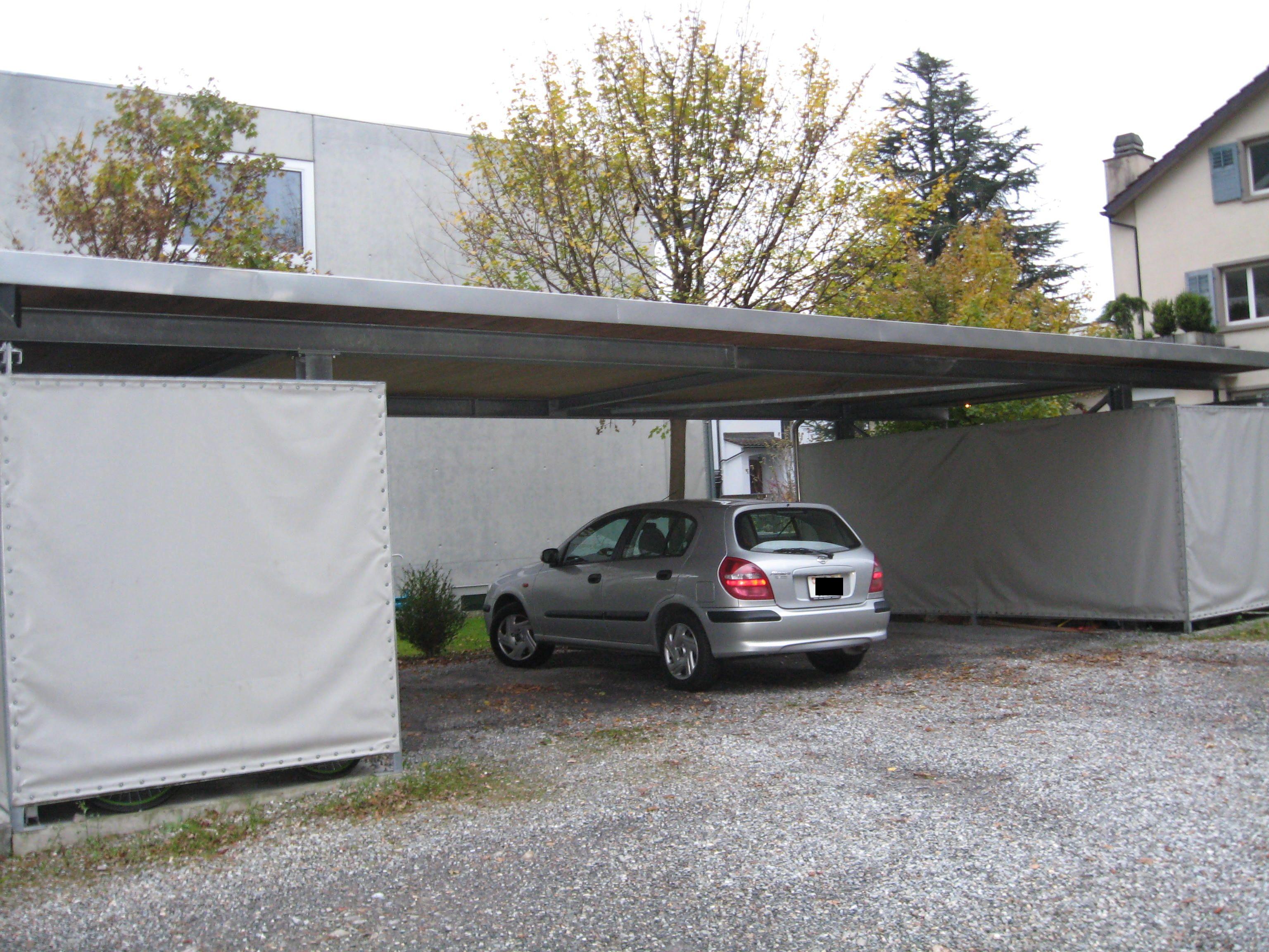 flachdach carport aus stahl mit 2 ger teschuppen f r 3. Black Bedroom Furniture Sets. Home Design Ideas