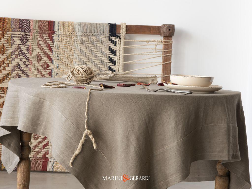 Scopri la nostra particolare scelta di tovaglie in puro lino lavorate abilmente da maestri artigiani esperti del settore tessile italiano. 96 Idee Su Tovaglie In Lino Luxury Italian Linen Tablecloths Nel 2021 Tovaglia Di Lino Tovaglie Tovaglia