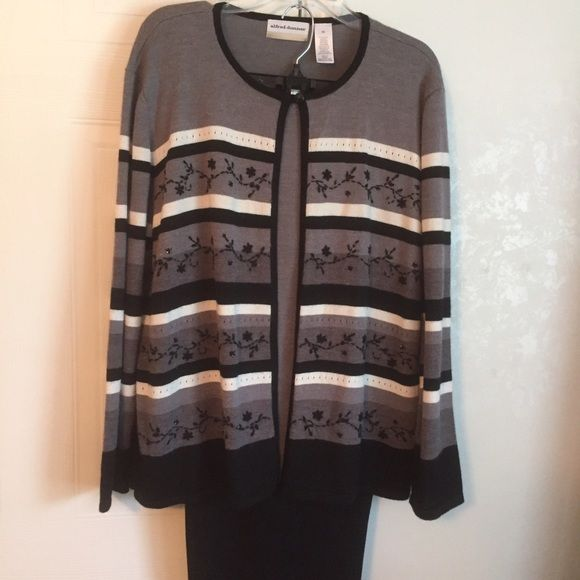 Alfred Dunner two piece outfit Beautiful two piece put fit!  Top has a sewn in attached sweater and it is so comfortable! Pants are black and pull on with an amazing stretch band!  Classy and comfy! Alfred Dunner Other