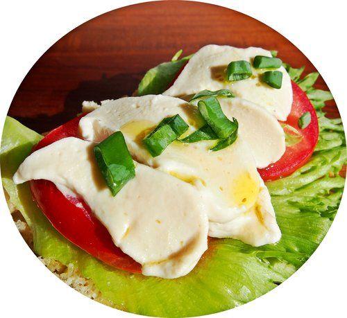 Vegaaninen mozzarella (V, M, G) — Sat Nam Nam