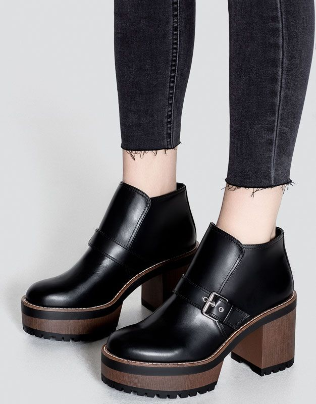 414d4e274d0 Pull&Bear - woman - shoes - boots and ankle boots - high heel ankle boots  with