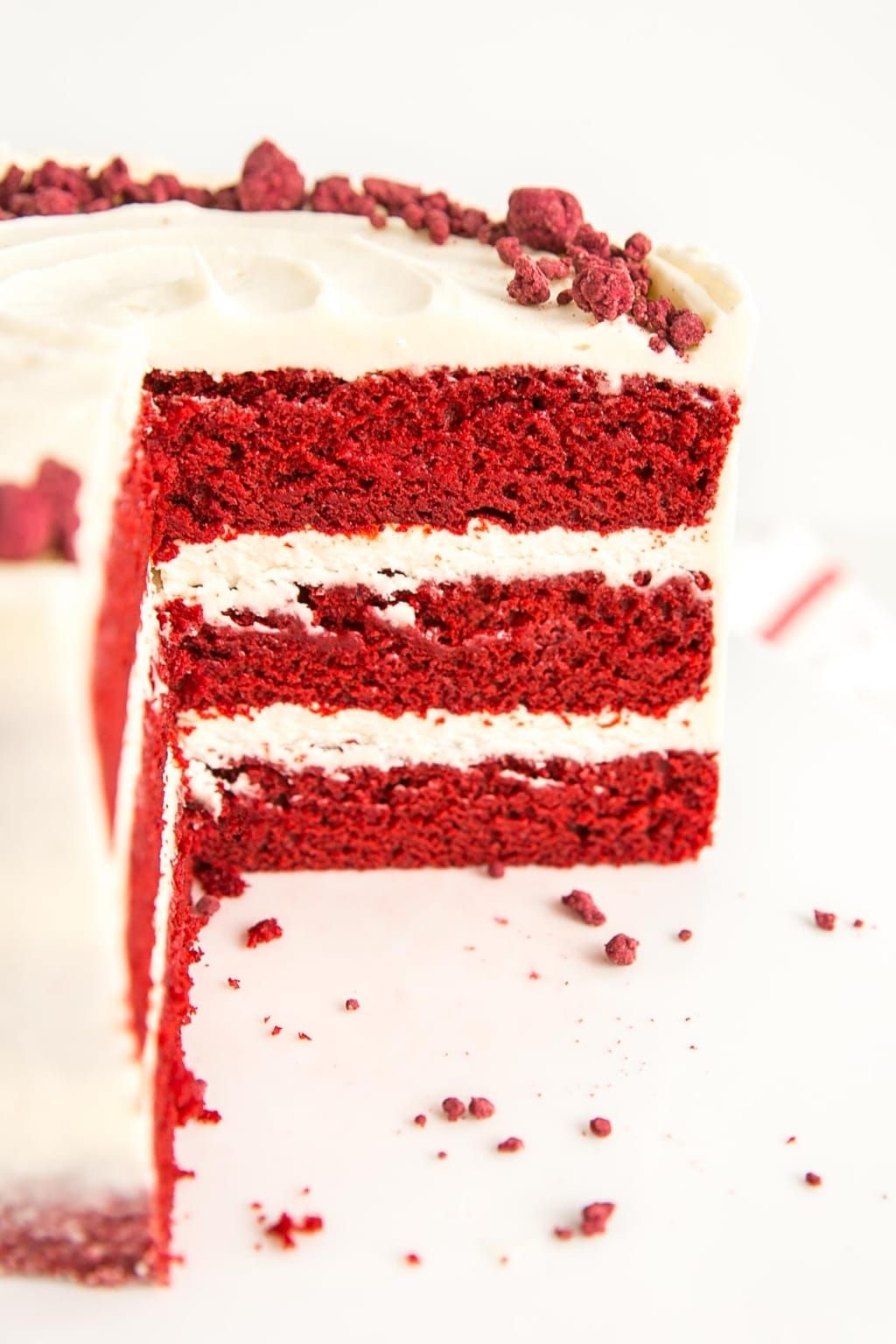 Originally Back In The 1800 S The Color Of Red Velvet Cake Was Due To Non Dutched Anthocyanin Rich Cocoa Whi In 2020 Red Velvet Cake Red Velvet Cake Recipe Red Cake