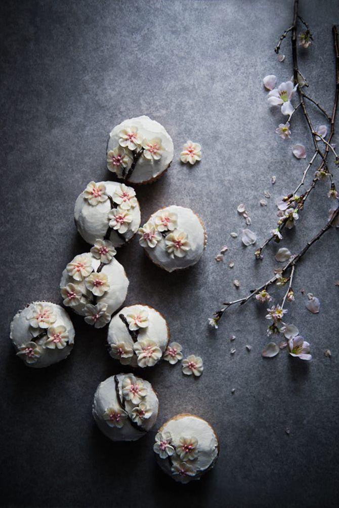Sakura cupcakes