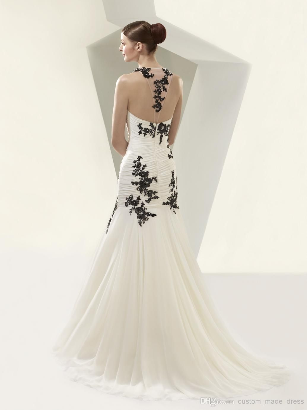Beautiful By Enzoani Illusion Tulle And Black Lace Liques Mermaid Wedding Dresses 2016 Open Back Jewel