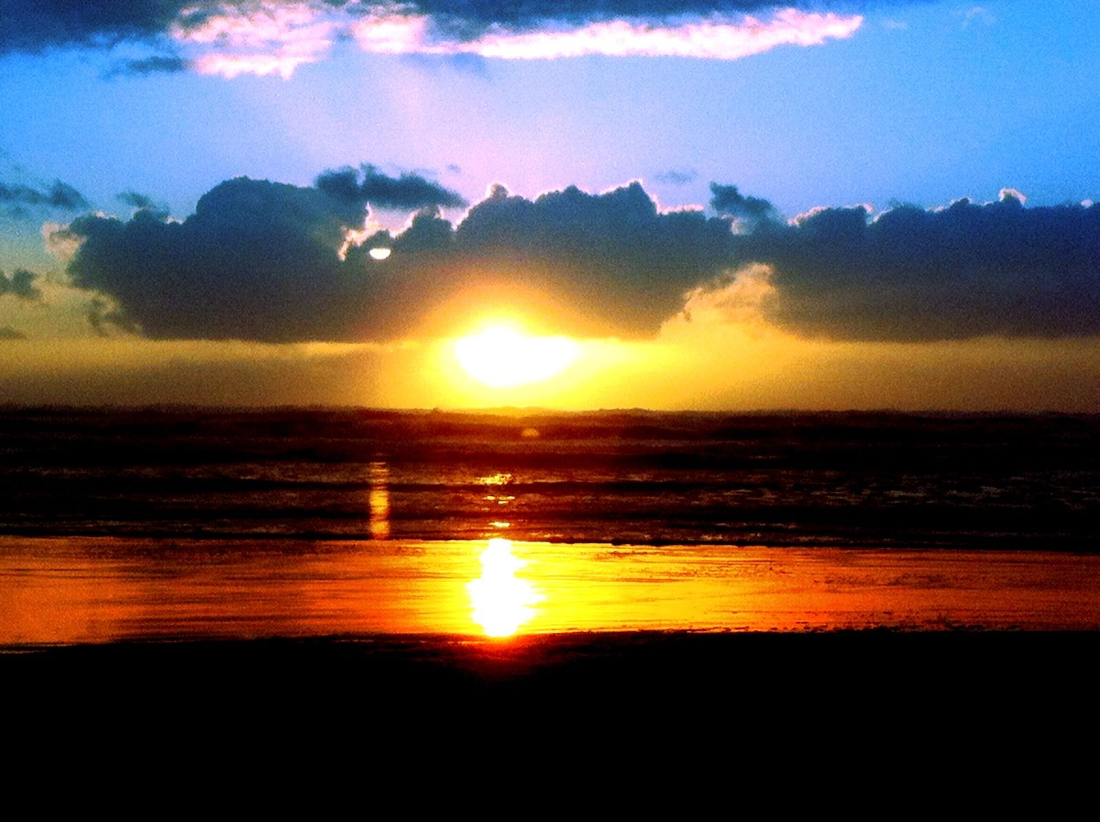 Sunset Long Beach WA | Beautiful beaches, Beach photos, Sunset