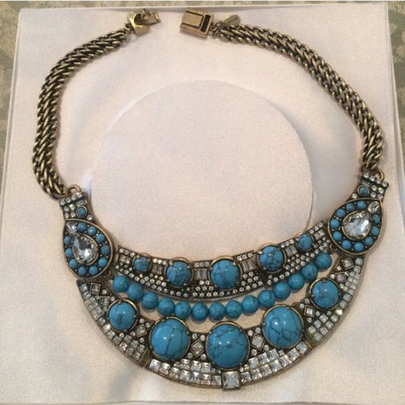 Ann Taylor Turquoise Statement Necklace  beautiful statement piece by Ann Taylor in great condition Ann Taylor Jewelry