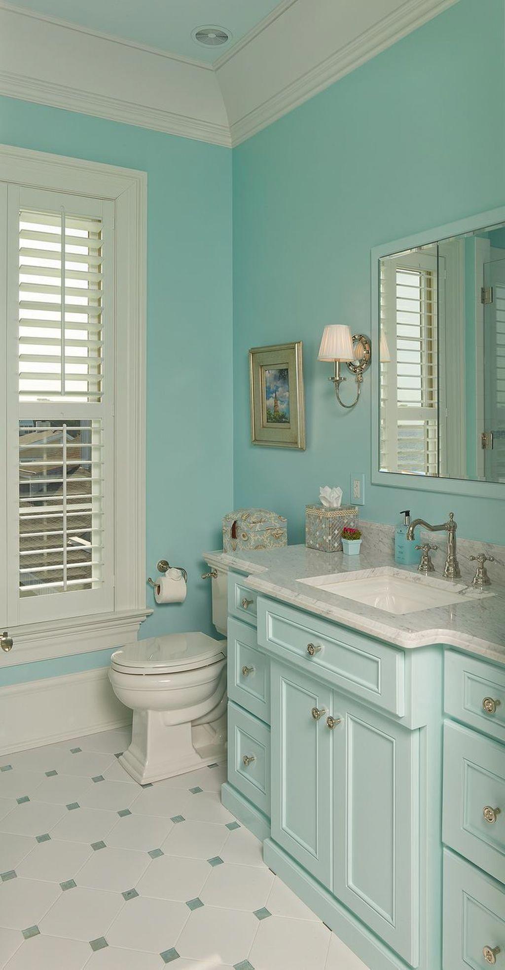 What Color Bathroom Fixtures Are In Style Bathroomremodelshowrooms Bathroomcolor Coastal Bathroom Design Bathroom Interior Design Aqua Bathroom Decor