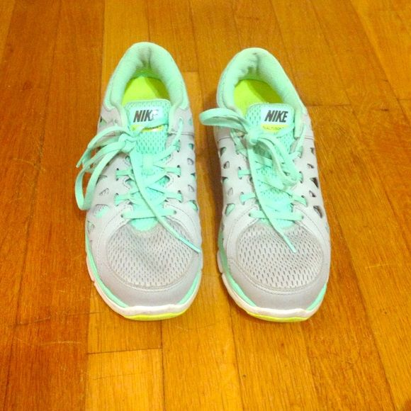 Dual Fusion Run 2 These shoes are gently used and have a lot of life left in them. They are also super comfortable. Let me know if you have any questions! Nike Shoes Sneakers