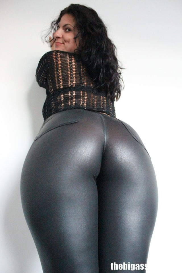 Black leggings sports candid - 2 part 3