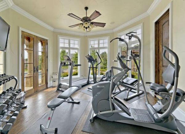 Modern home fitness muscle madness workout room home gym room
