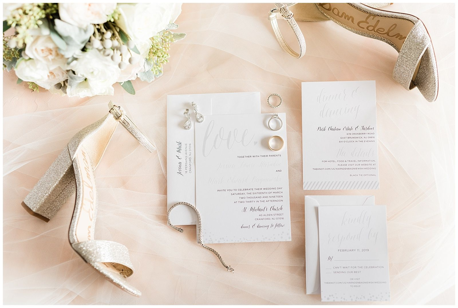Park Chateau Wedding East Brunswick Nj Jessica Mark Jenniferlarsenphoto Com Chateau Wedding Bridal Invitations Wedding Classic