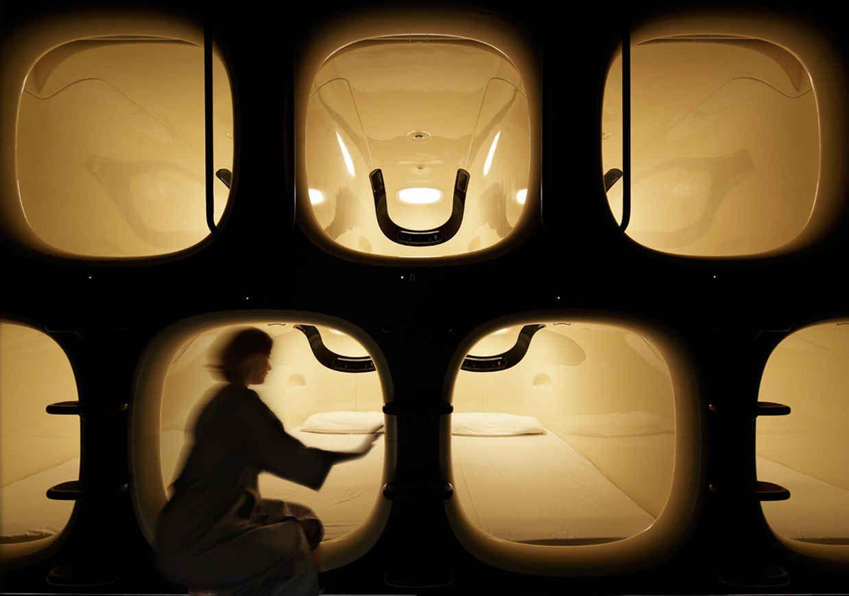 Inside Japan S Perfectly Minimal Pod Based Hotel Sleeping Pods Airport Sleeping Pods Pod Hotels