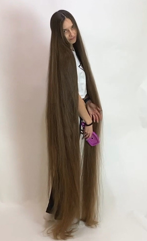 Video The Definition Of Perfect Long Hair Long Hair Girl Long Hair Women Really Long Hair