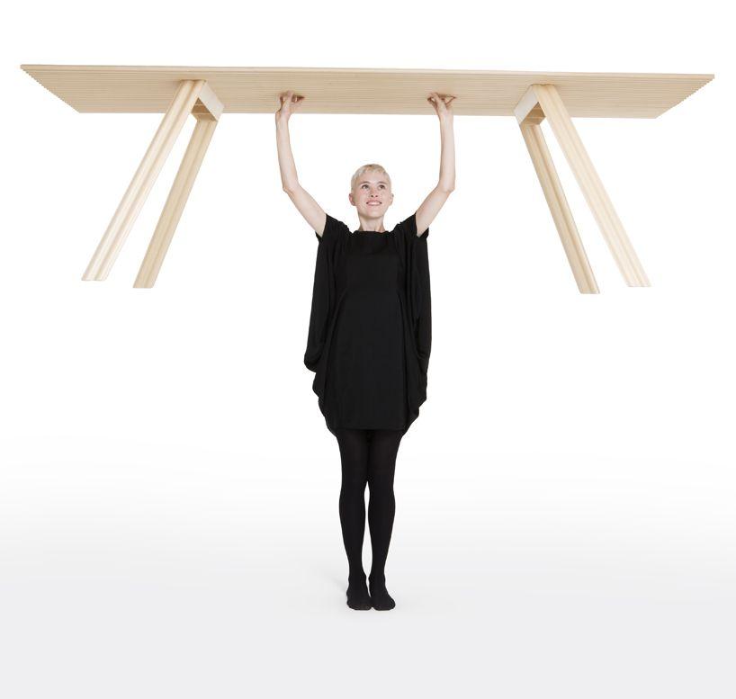 La mesa de madera más ligera del mundo por Benjamin Hubert