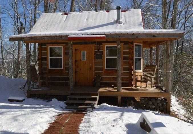 Pin By Jennifer Bourgoin On Home Plans Tiny Log Cabins
