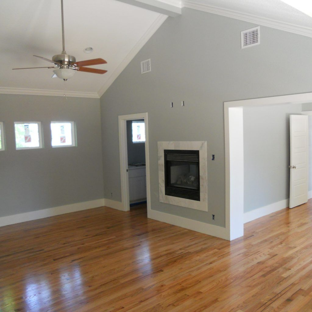 Best Hardwood Floor Color For Grey Walls Grey Walls White Trim Maple Floors Paint Colors For Living Room