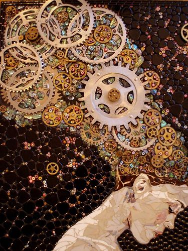 Steampunk-inspired mosaic portrait -- bicycle gears, glass, mosaic tilesby  Laura Harris (Dousman, Wisconsin) (This reminds me of a Gustav Klimt piece, so beautiful. I'd love this in my home.)