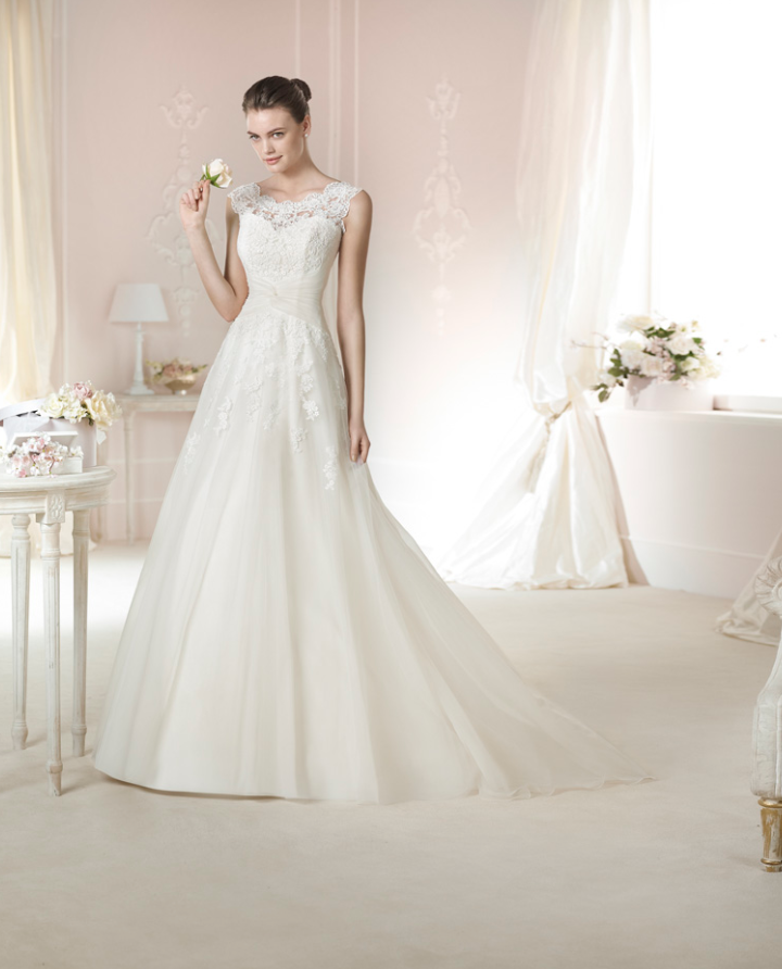Vestidos de novia corte a con manga