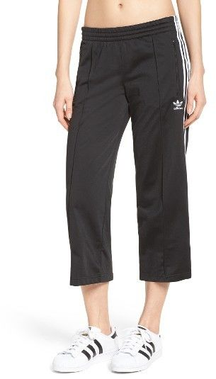 Negligencia médica farmacéutico celestial  Women's Adidas Originals Sailor Crop Pants | Fashion pants, Pants, Cropped  pants