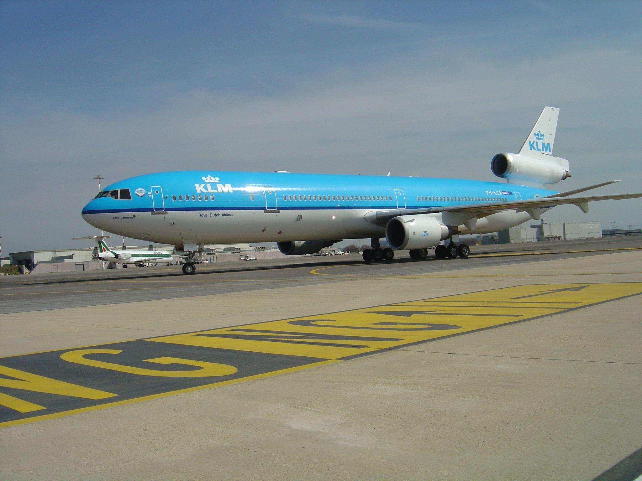 Pin van Air Cargo How It Works op MD11 KLM in 2020