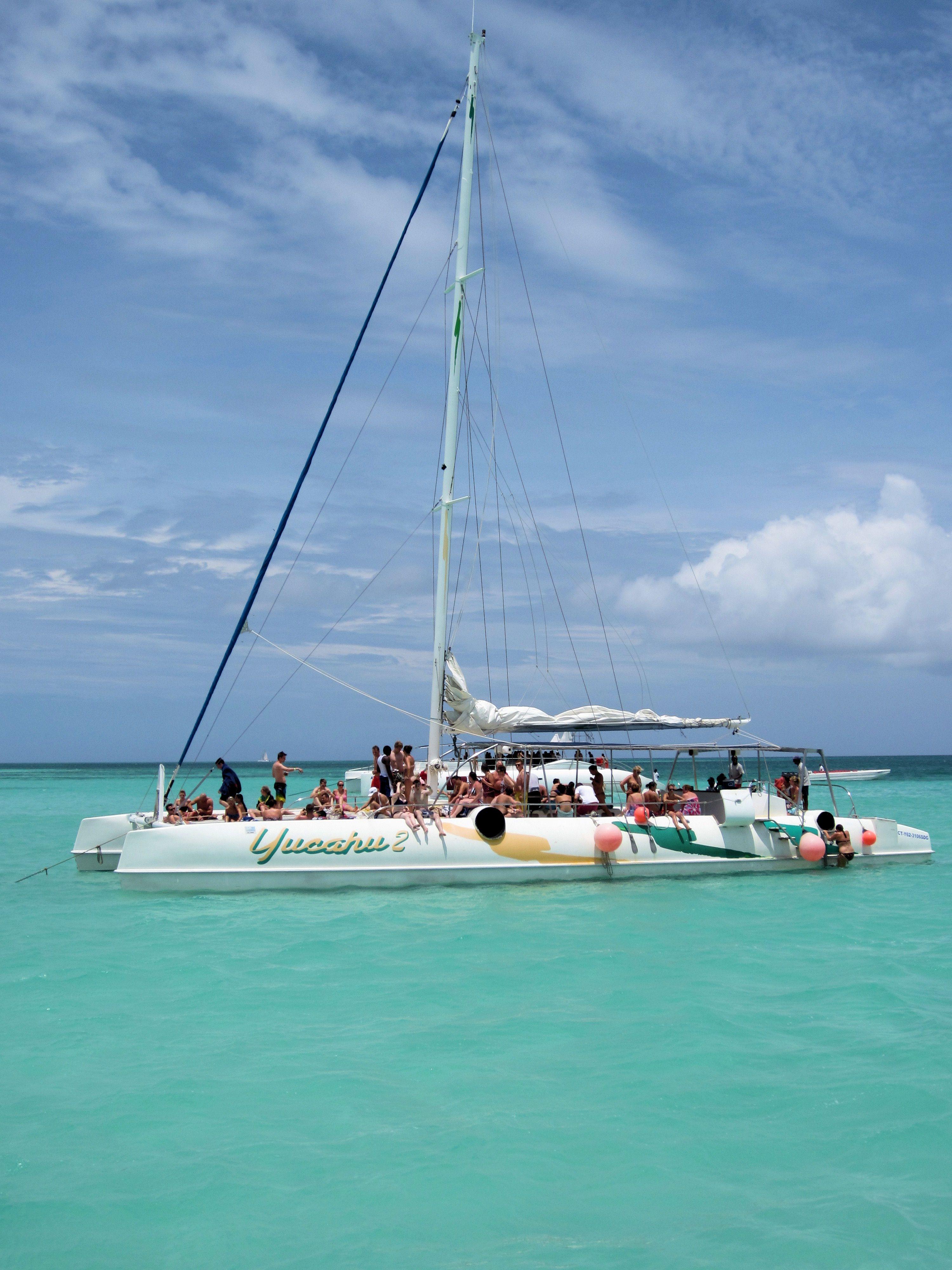 Isla Saona - Catamaran fun in crystal clear water only chest deep ...