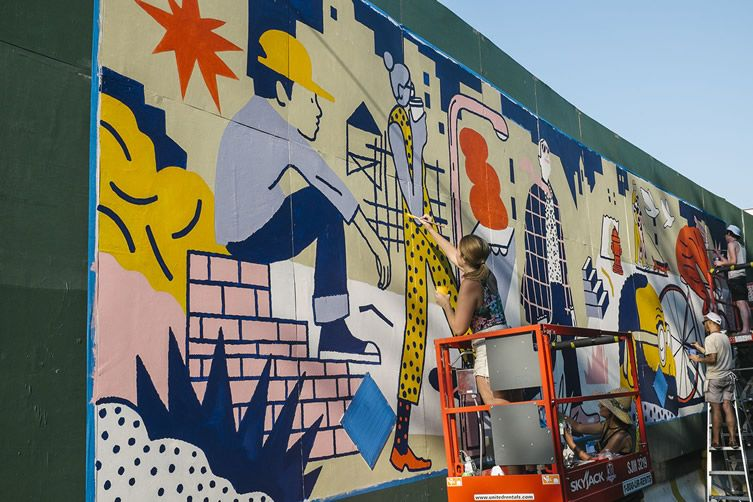 Brooklyn skyscraper site transformed by 10 artists and one very busy day of mural making...