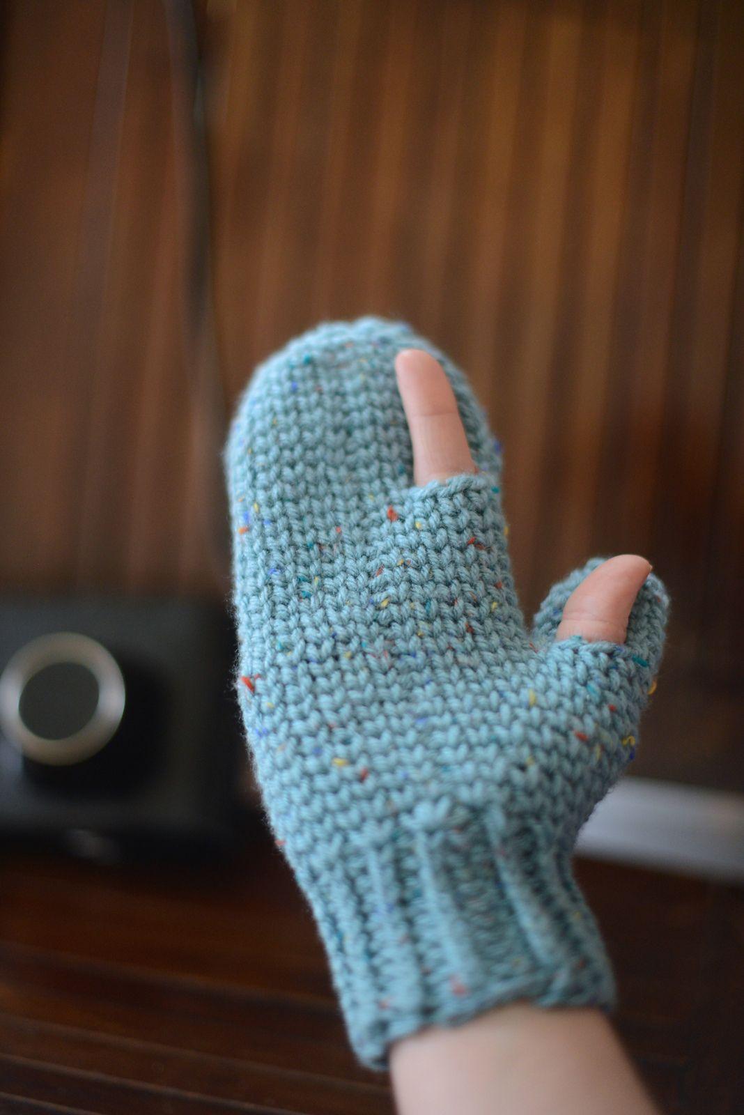 Manoplas con dedo pulgar y dedo índice, libres. | ganxet | Pinterest ...