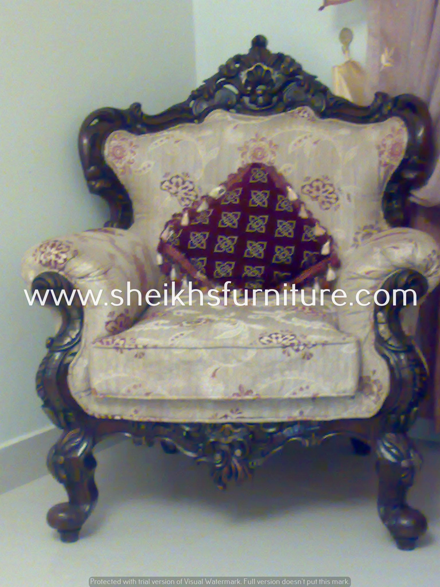 This Is Our Solid Classic Rosewood Sofa Set This Sofa Set Is Made In Pure Rosewood Sheesham Made In Chiniot Pakist Furniture Design Wooden Sofa Set Carving
