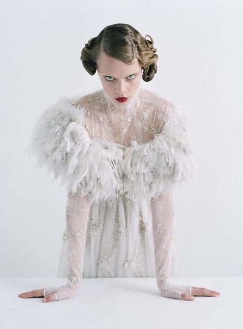laviedunequaintrelle: Cara DelevingneW Magazine Chanel Haute... - Fuck Yeah Fashion Couture