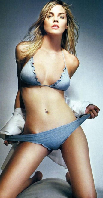 Sexy girl in spanish