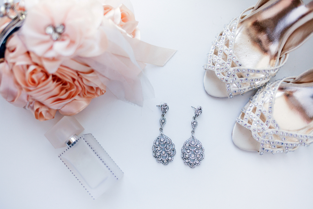 Wedding Attributes Such Earrings Shoes Perfume Wedding Attributes Such Earrings Shoes Perfume