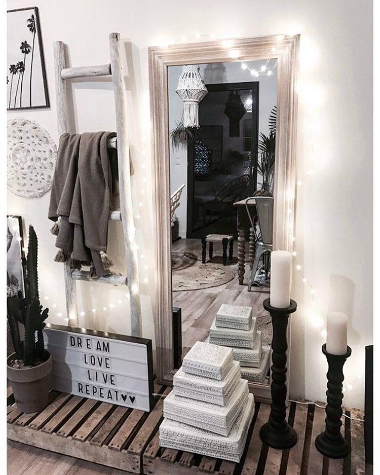 D Tails Vus Sur Snap Chelle Maisonsdumonde Miroir
