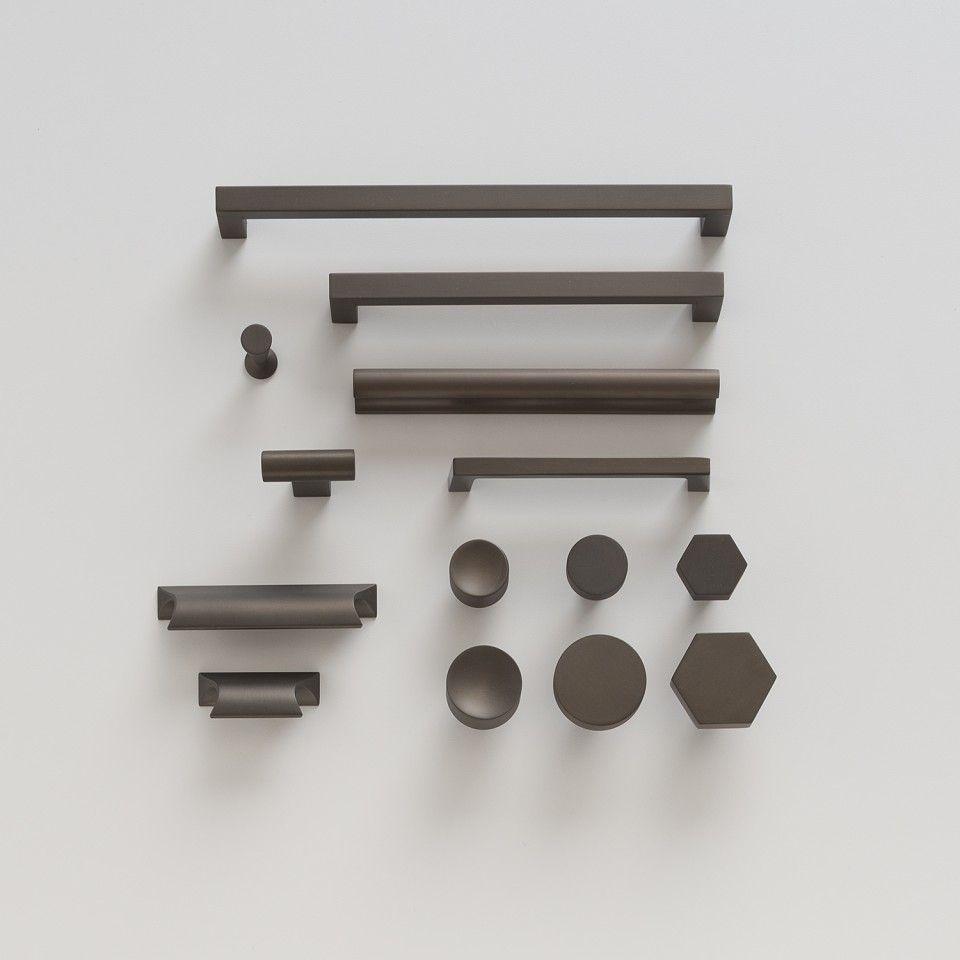 Greenwood Pull - Matte Bronze