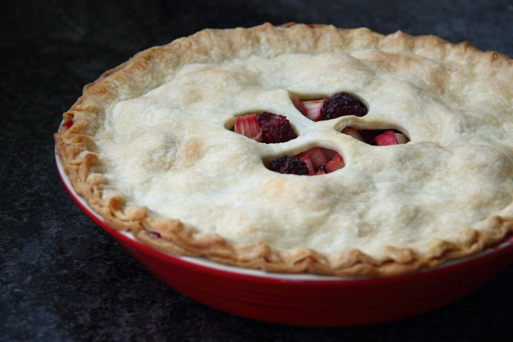 Blackberry rhubarb pie   I love just love rhubarb and found some beautiful stalks at the grocery so I decided to pair it...