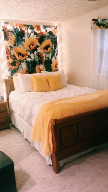 sunflower room -   16 room decor Yellow bedroom ideas