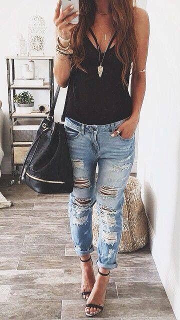 Outfit Casual Con Pantalon De Mezclilla Roto Moda Ropa De Moda Ropa