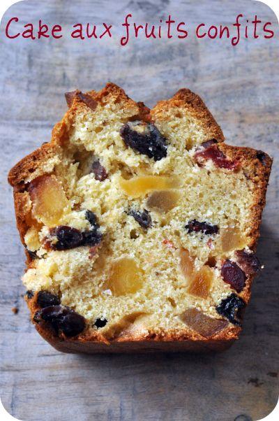 Boiled cake ou cake �pic� aux raisins, cranberries